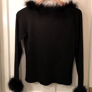 Elegant black top with fur
